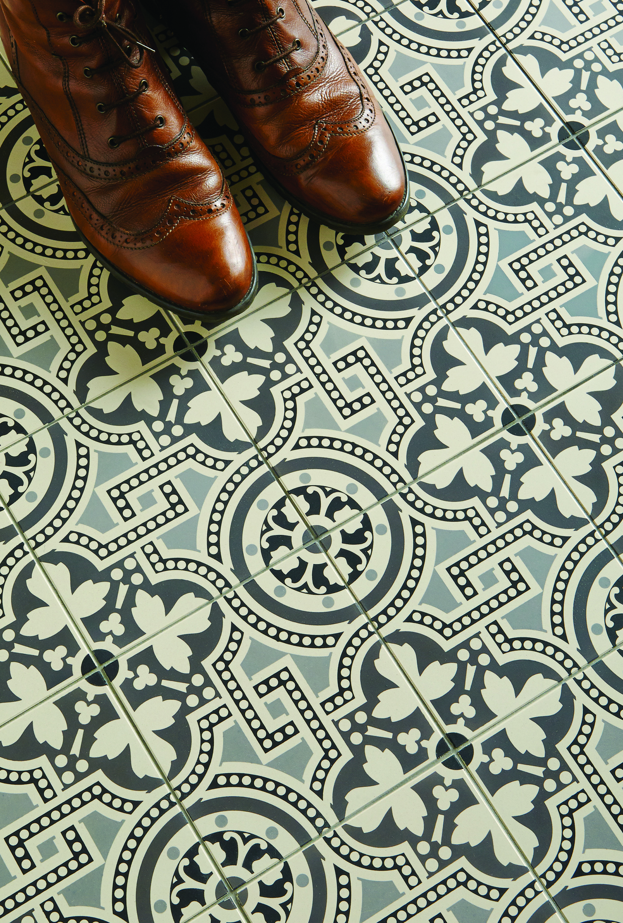 Kent tile centre showrooms tile shop in canterbury glass ceramic victorian wall tiles dailygadgetfo Images